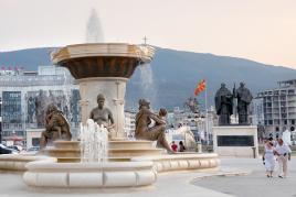 Novo Skopje, prestolnica Makedonije, s Tur Tur Turizmom