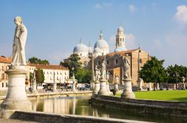 Učena, svetniška, sejemska Padova
